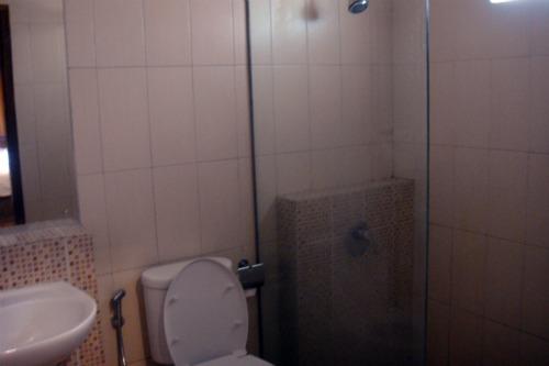 Bathroom in Jambuluwuk Batu
