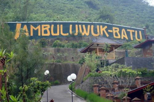 Name of Jambuluwuk Batu