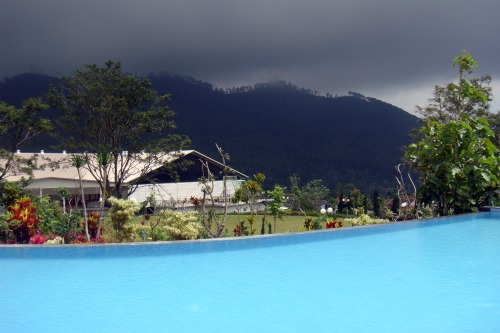 Swimming pool in Jambuluwuk Batu
