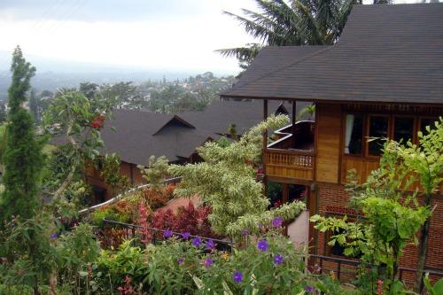 A villa in Jambuluwuk Batu Resort
