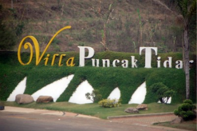 Sign of Villa Puncak Tidar